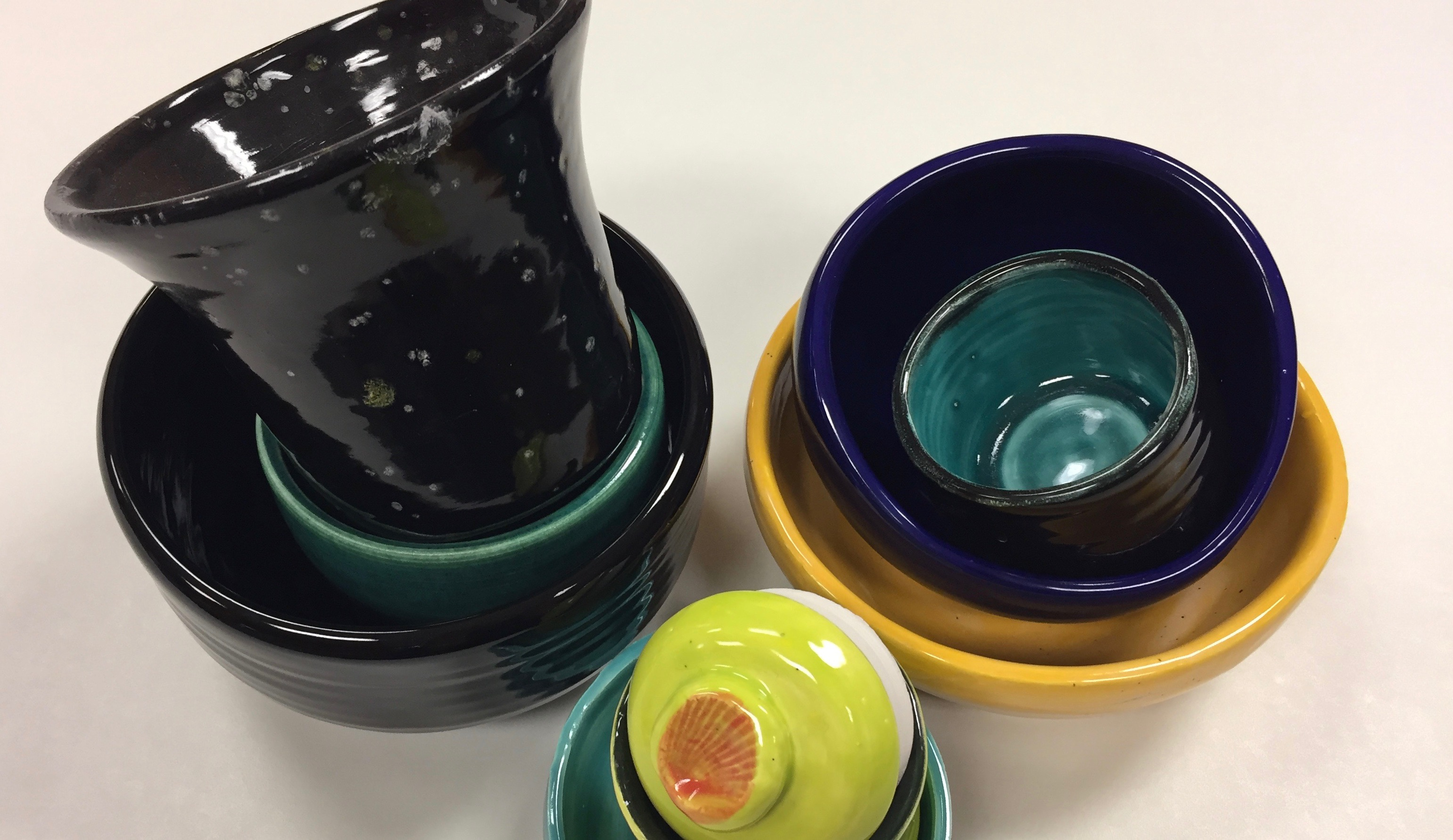 I Dream of Clay! Hand-building & the Pottery Wheel w/Allison Elia (Adults 17+)
