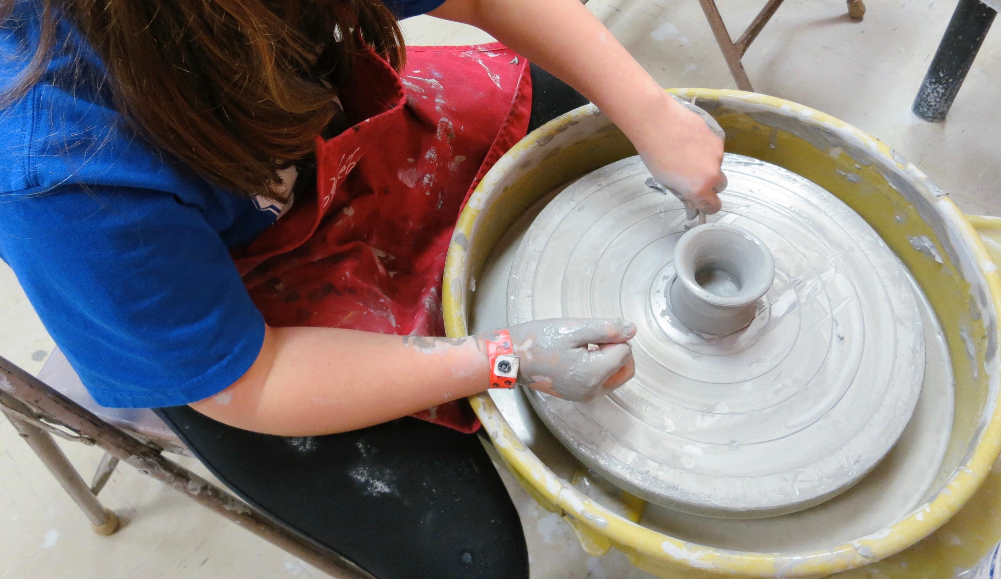 NEW! Feats of Clay: Mastering the Potter's Wheel w/Sandra Barrett (Ages 9-13)